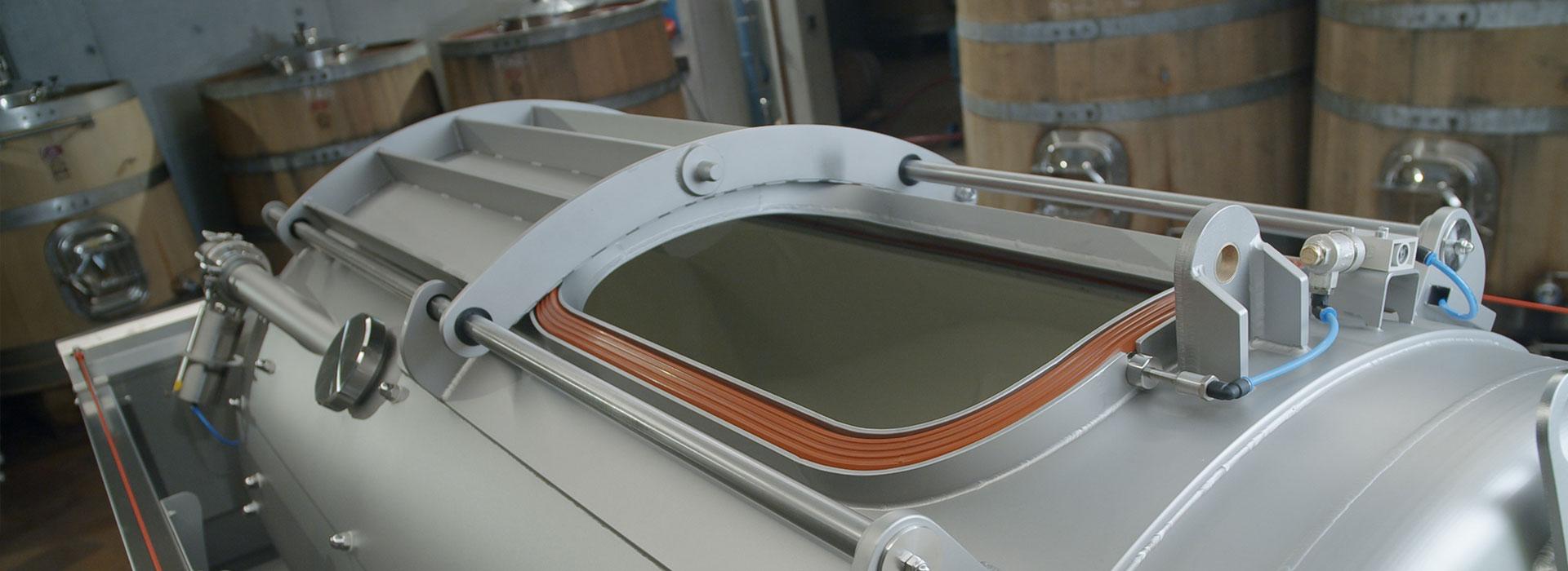 sraml-winemaking